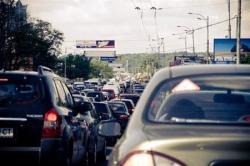 Из-за сообщения о минировании в Киеве образовалась огромная пробка
