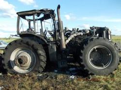 В Ганцевичском районе сгорел трактор за 120 тысяч долларов